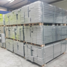 New 6ft Kwikstage Galvanised Batten, Steelstage