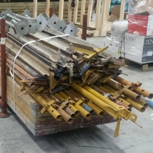 USED KWIKSTAGE 40FT PACKAGE