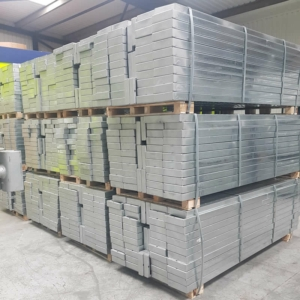 Cup System (compatible with Cuplock) Galvanised Omega Batten 2.5m